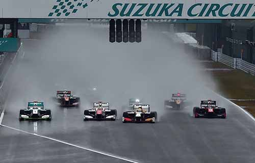 super-formula-seventh-round-suzuka-last-final-win-the-first-title-by-itself-is-ishiura20151108-9