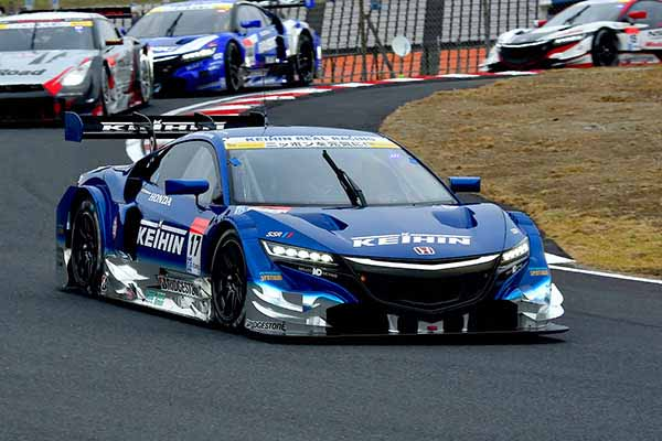 super-gt-round-7-autopolis-motul-autech-gt-r-this-season-second-victory20151104-53