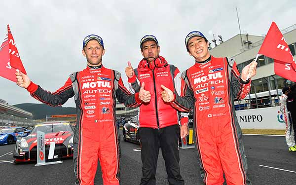 super-gt-round-7-autopolis-motul-autech-gt-r-this-season-second-victory20151104-54
