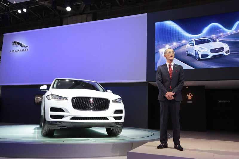 the-44th-tokyo-motor-show-2015-jaguar-land-rover-press-briefing20151105-1