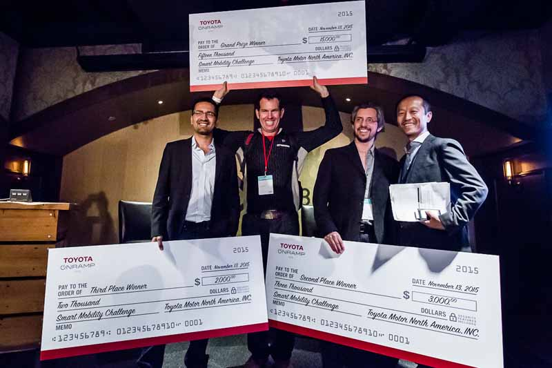 toyota-contest-of-mobility-business-by-utilizing-the-i-road-in-the-united-states20151117-2
