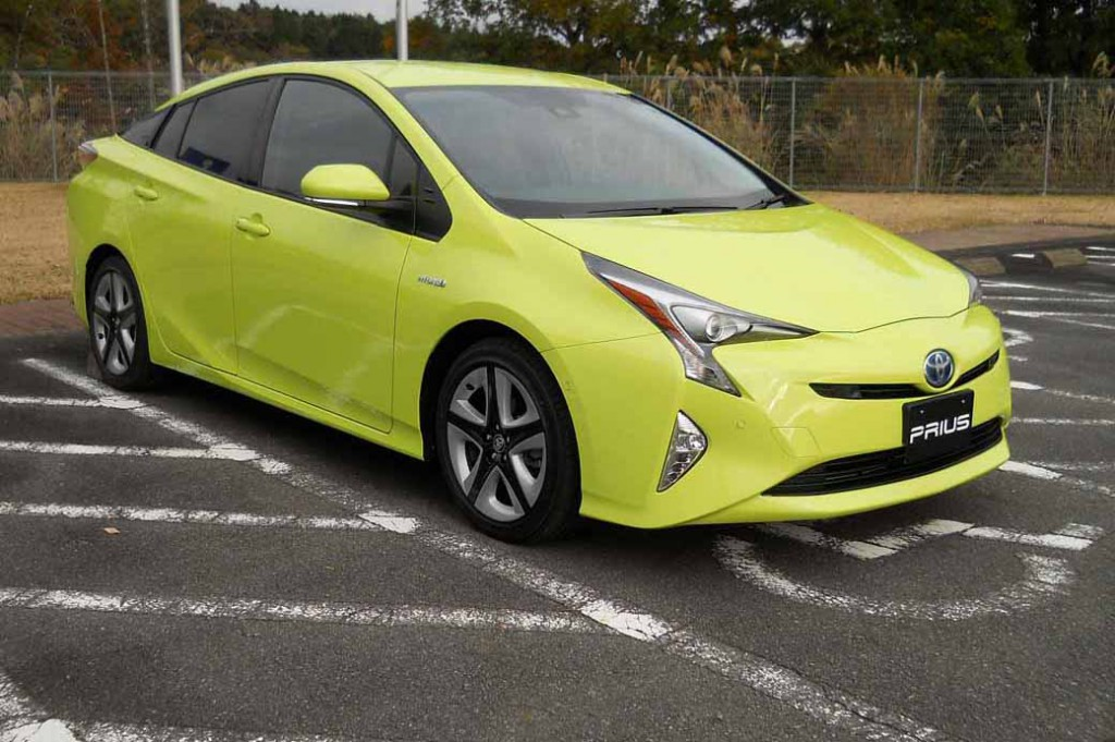 toyota-prius-test-drive-symbol-new-challenges-to-meet-the-changes-in-the-pioneer20151124-10
