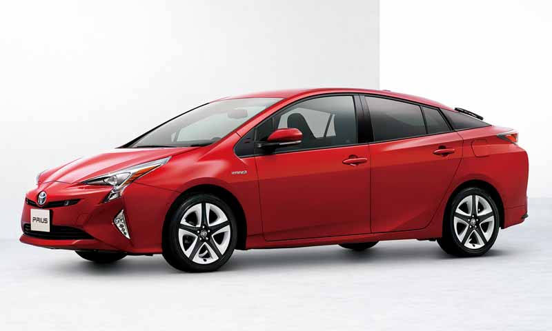 toyota-prius-test-drive-symbol-new-challenges-to-meet-the-changes-in-the-pioneer20151124-49