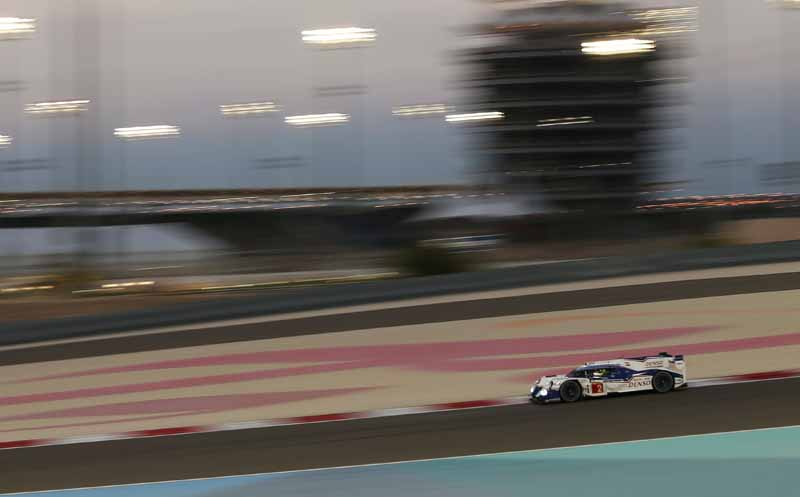 toyota-ts040-hybrid-won-third-place-and-fourth-place-in-the-wec-final-round-bahrain-6-hours20151123-12