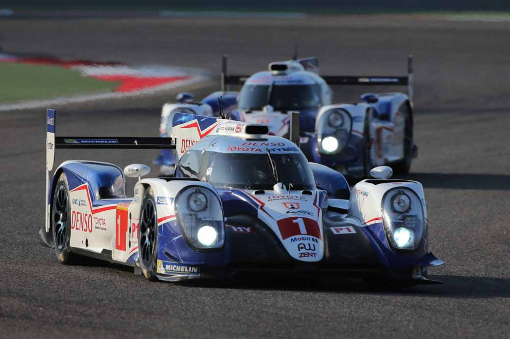 toyota-ts040-hybrid-won-third-place-and-fourth-place-in-the-wec-final-round-bahrain-6-hours20151123-14