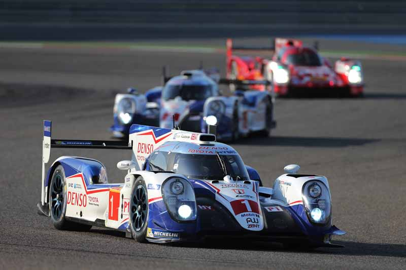 toyota-ts040-hybrid-won-third-place-and-fourth-place-in-the-wec-final-round-bahrain-6-hours20151123-18