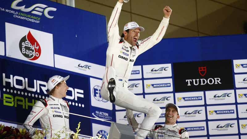 toyota-ts040-hybrid-won-third-place-and-fourth-place-in-the-wec-final-round-bahrain-6-hours20151123-22