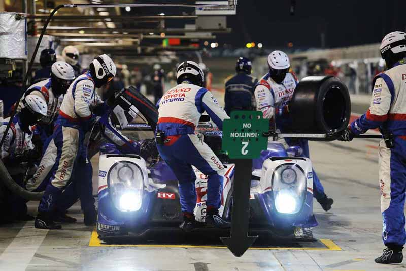 toyota-ts040-hybrid-won-third-place-and-fourth-place-in-the-wec-final-round-bahrain-6-hours20151123-6