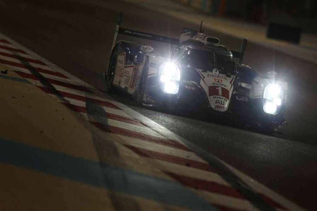toyota-ts040-hybrid-won-third-place-and-fourth-place-in-the-wec-final-round-bahrain-6-hours20151123-8