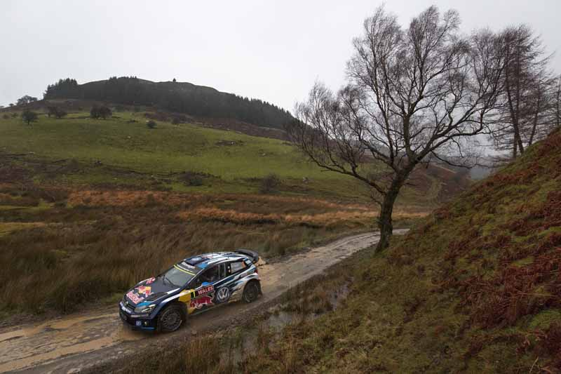 vw-12-victory-won-in-the-world-rally-championship-wrc-ogier-is-wins-the-13th-round-wales20151116-8