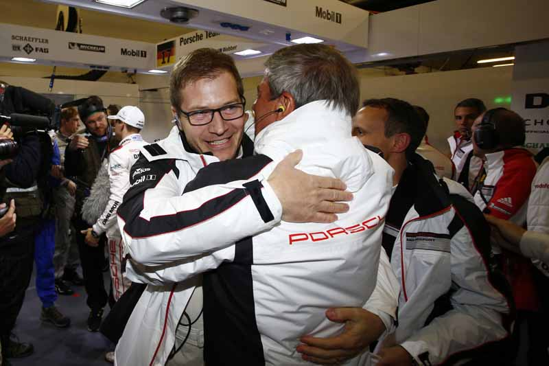 wec-shanghai-manufacturers-title-won-by-porsche-1-2-finish20151104-1