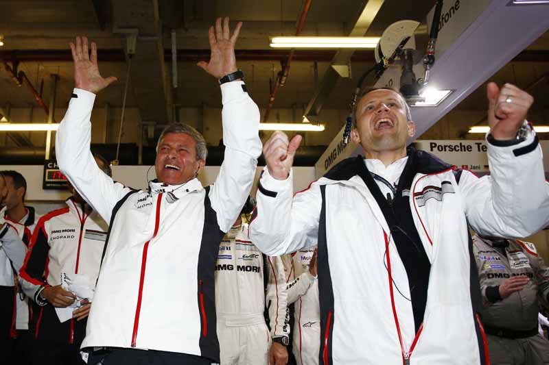 wec-shanghai-manufacturers-title-won-by-porsche-1-2-finish20151104-3