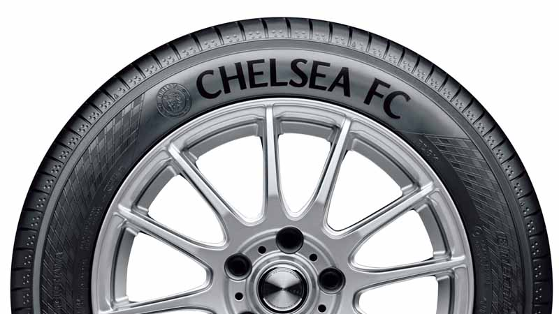 yokohama-rubber-launched-a-partnership-memorial-tire-of-chelsea-fc-logo20151101-3
