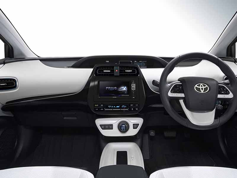 alpine-announced-a-new-product-of-the-new-prius-dedicated20151228-1