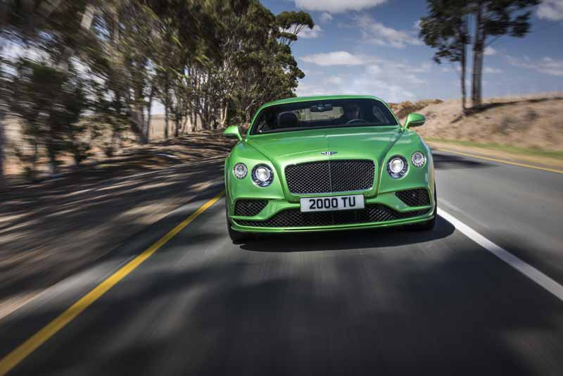 bentley-won-the-largest-number-of-international-automotive-awards-past-year20151220-12