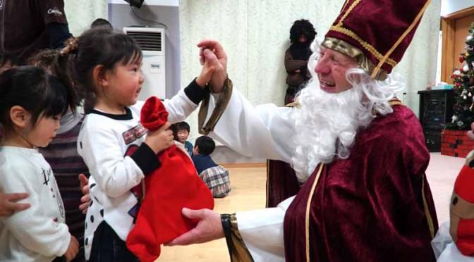 ボッシュ・日本、「独のサンタクロース・イベント」を今年も12月4日に実施