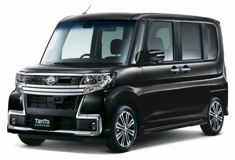 daihatsu-and-revamped-the-interior-and-exterior-design-perform-tanto-minor-change20151214-1