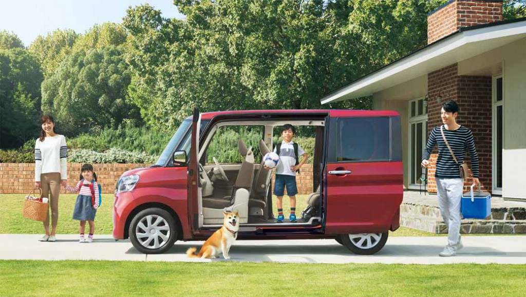 daihatsu-and-revamped-the-interior-and-exterior-design-perform-tanto-minor-change20151214-5