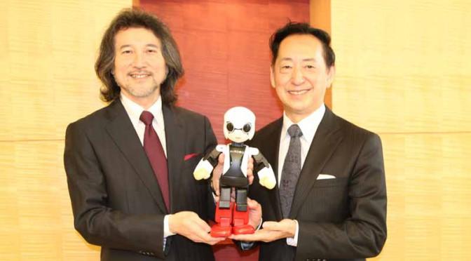 トヨタが共同参画したロボット宇宙飛行士「KIROBO」日本科学未来館で新春から展示