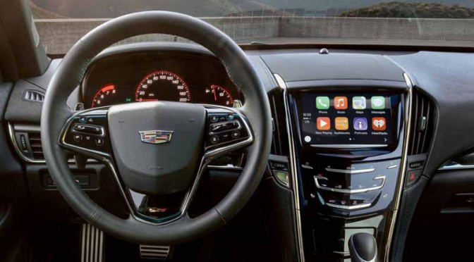 gm-japan-to-the-cadillac-chevrolet-to-apple-carplay-standard-feature20151209-1
