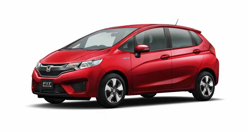 honda-and-set-the-special-specification-car-comfort-edition-in-fit20151217-3