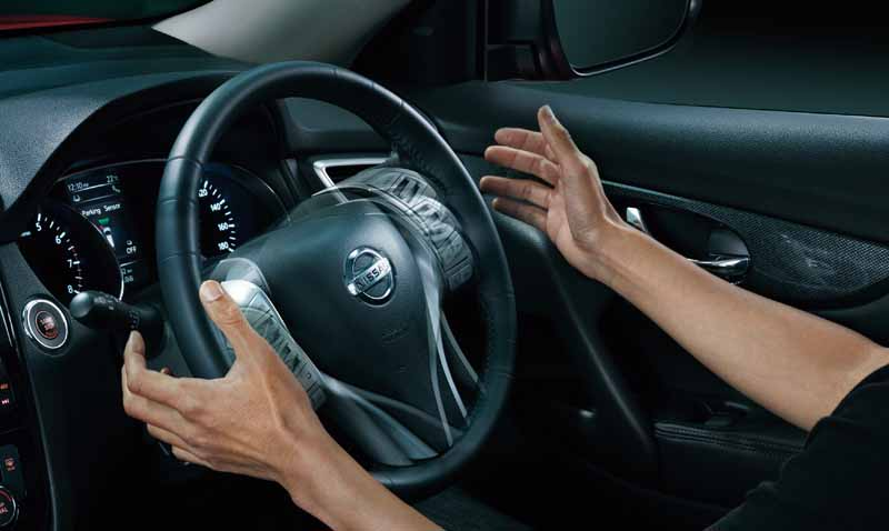 improved-nissan-x-trail-the-automatic-brake-is-equipped-with-all-grade-standard20151216-8