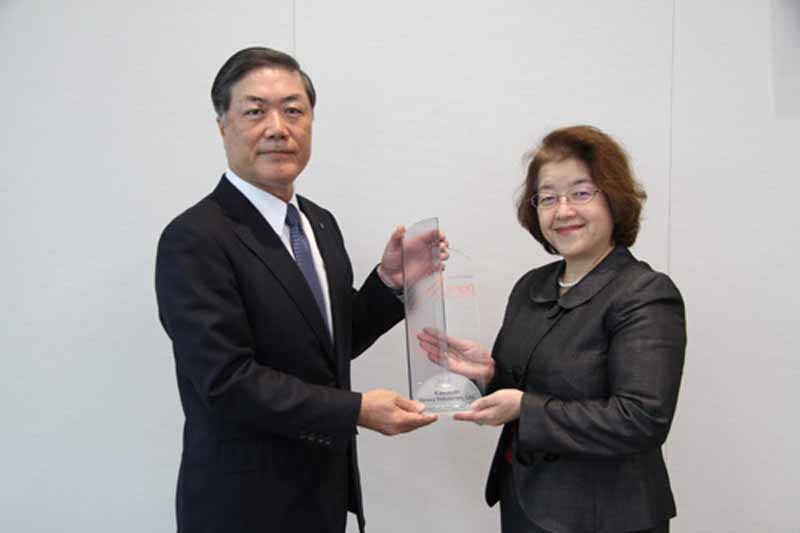 kawasaki-heavy-industries-top100-global-innovators-2015-the-first-award-of-thomson-reuters20151230-1