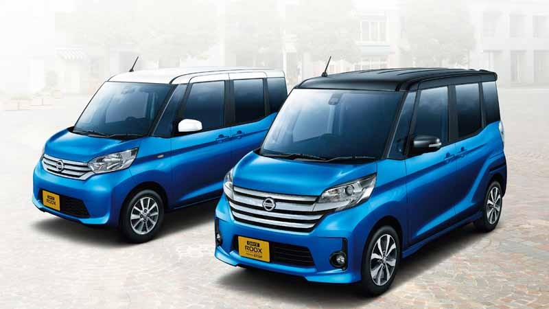 nissan-introduces-special-specification-car-of-days-lukes-a-v-selection20151204-2