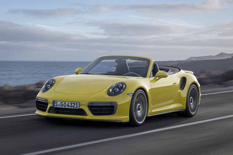 porsche-japan-booking-orders-the-start-of-the-new-911-turbo-and-the-911-turbo-s20151201-5