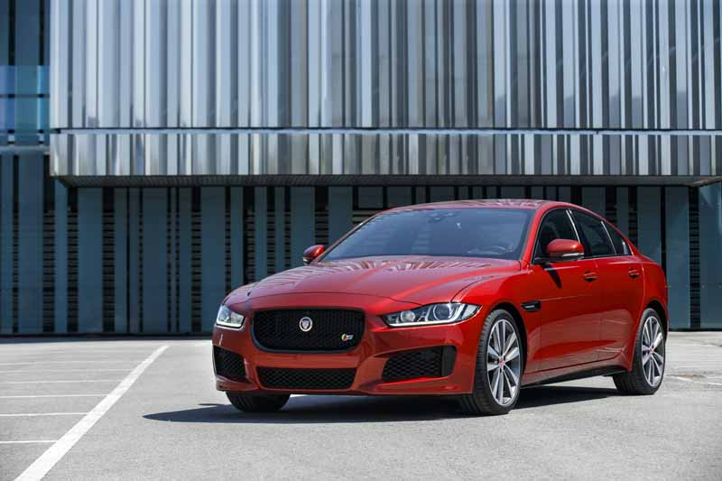 t-won-the-5-star-of-the-highest-level-in-two-new-models-of-jaguar-euro-ncap20151204-2