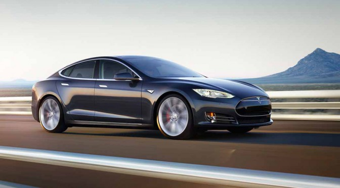 tesla-model-s-p85d-2015-2016-japan-car-of-the-year-innovation-award20151216-1