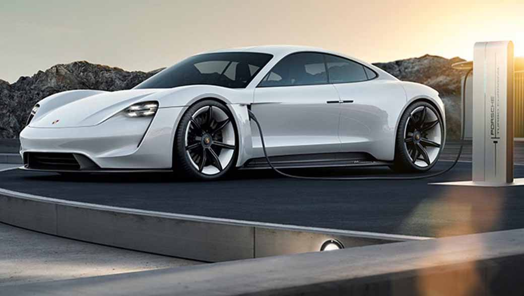 the-go-sign-in-commercial-planning-of-porsche-ag-mission-e20151207-1
