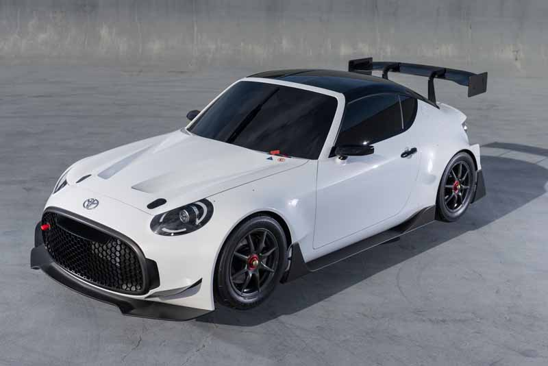 toyota-exhibited-the-toyota-s-fr-racing-car-specifications-in-tokyo-auto-salon-201620151203-7