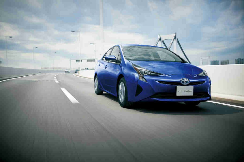 toyota-jc08-mode-40-8km-l-new-prius-launch-of20151209-11