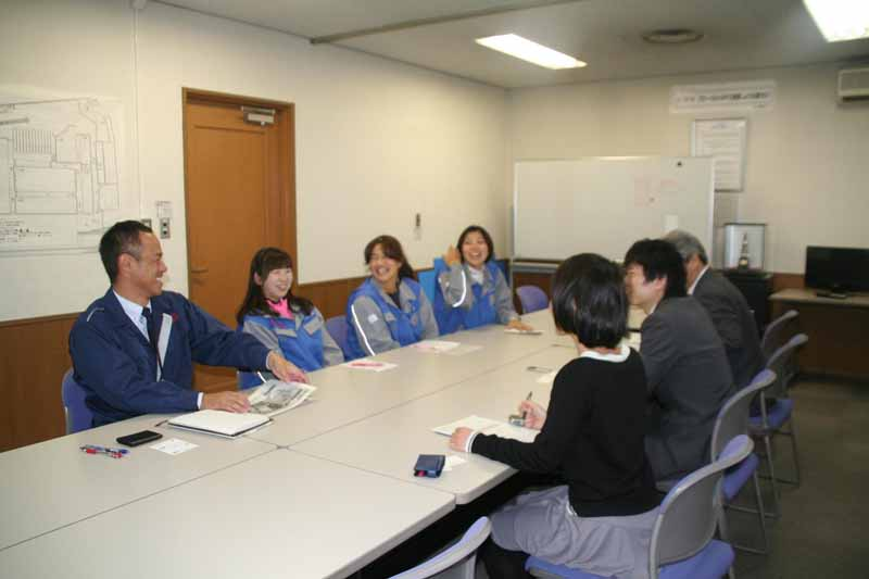 toyota-transport-receive-the-coverage-of-the-locus-of-toragaru-promotion-project-toragaru20151204-4