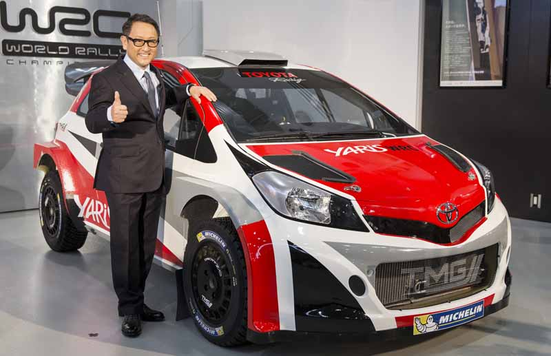 toyotas-gazoo-racing-tackle-the-yaris-wrc-towards-the-wrc-return20151205-3