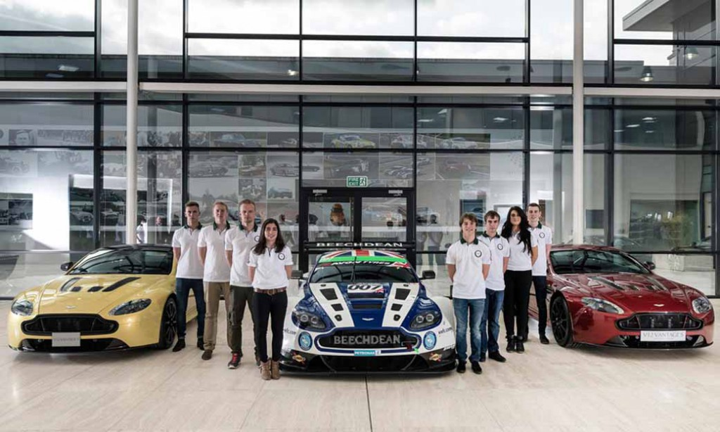 aston-martin-racing-evolution-academy-a-new-of-2016-departure20160120-3