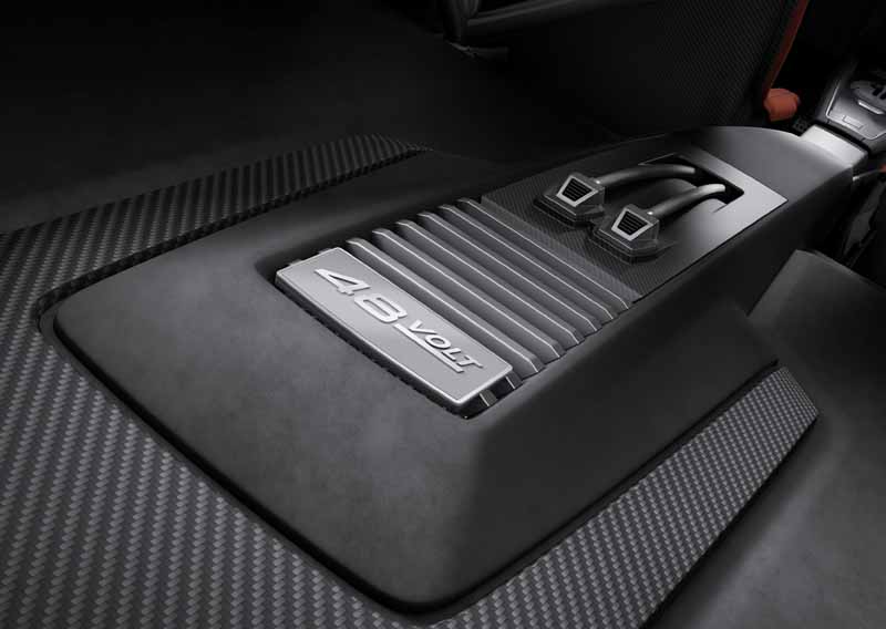 audi-and-publish-the-latest-technology-at-ces2016-ev-reduction-and-digitization-evolved-and-to-the-automatic-operation-of20160108-12