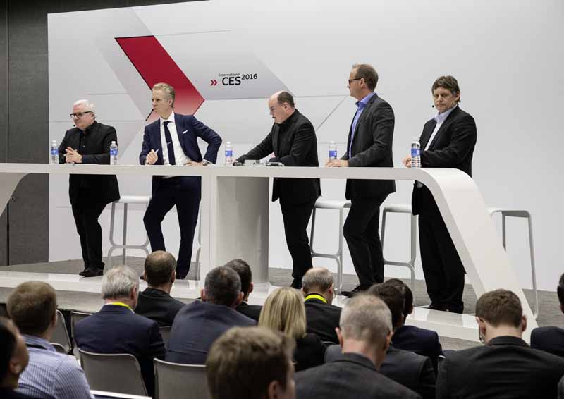 audi-and-publish-the-latest-technology-at-ces2016-ev-reduction-and-digitization-evolved-and-to-the-automatic-operation-of20160108-3
