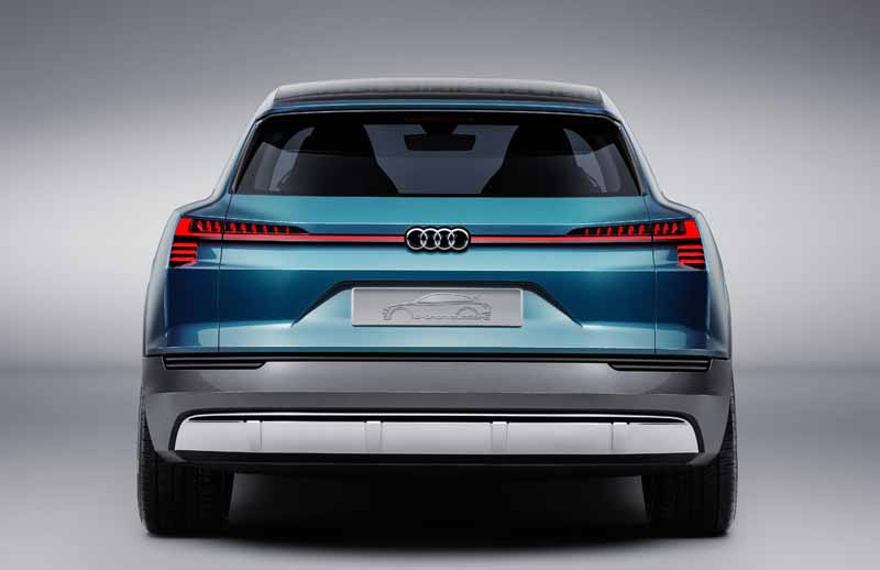 audi-and-publish-the-latest-technology-at-ces2016-ev-reduction-and-digitization-evolved-and-to-the-automatic-operation-of20160108-6