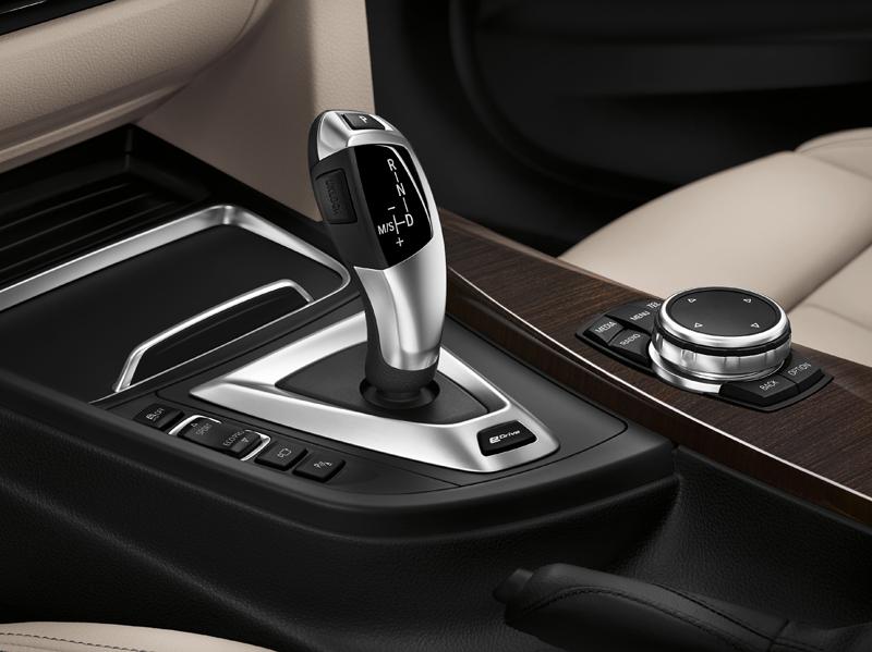 bmw-3-series-sedan-of-plug-in-hybrid-330e-announcement20160127-12