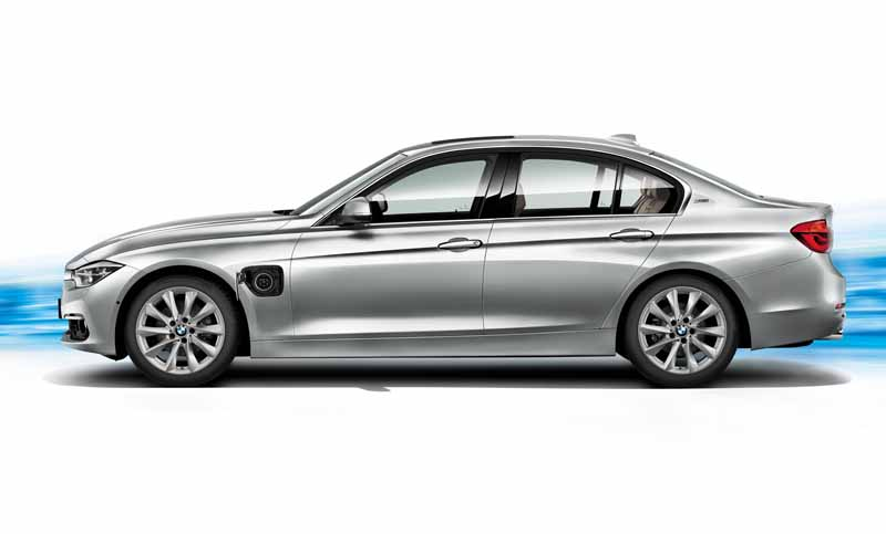 bmw-3-series-sedan-of-plug-in-hybrid-330e-announcement20160127-13
