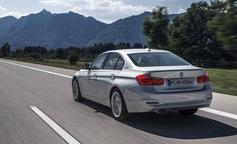 bmw-3-series-sedan-of-plug-in-hybrid-330e-announcement20160127-6