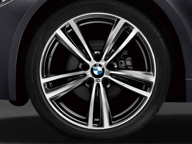 bmw-4-series-introduced-the-gran-coupe-limited-model-in-style20160125-3
