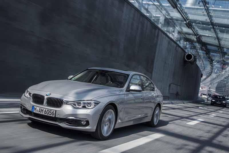 bmw-has-two-models-simultaneously-announced-a-new-plug-in-hybrid-model20160126-6