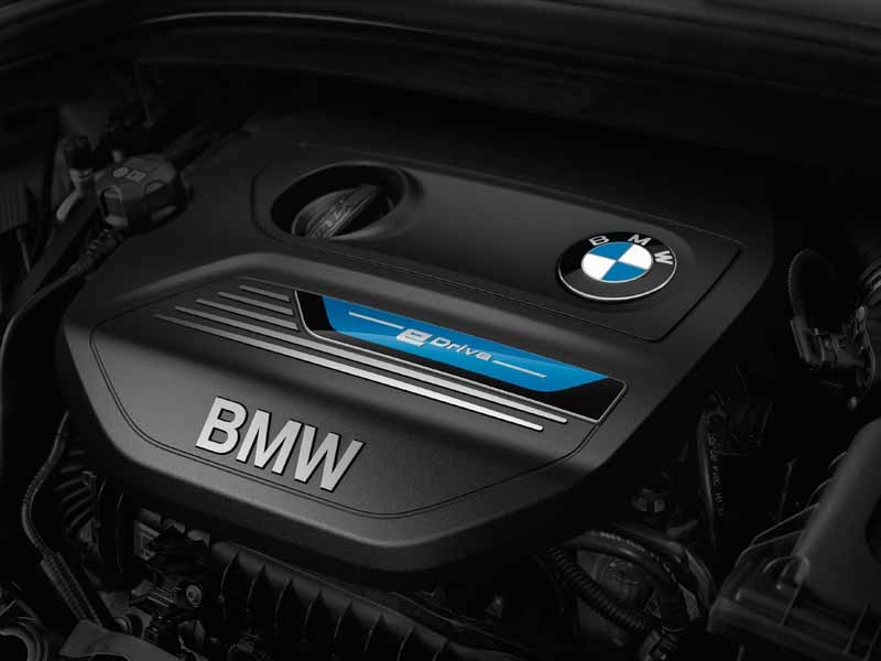 bmw-plug-in-hybrid-model-225xe-active-tourer-announcement20160126-14