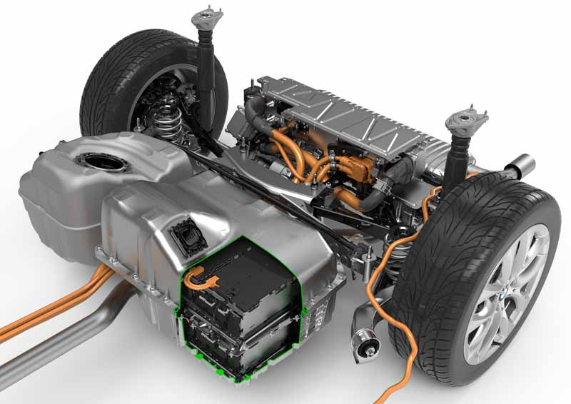 bmw-plug-in-hybrid-model-225xe-active-tourer-announcement20160126-6