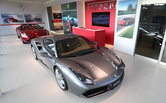 ferrari-car-showroom-ideal-japan
