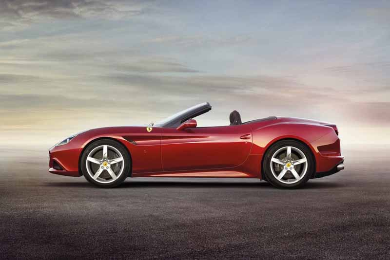 handling-supechiare-hs-option-introduced-to-the-ferrari-california-t20160128-22