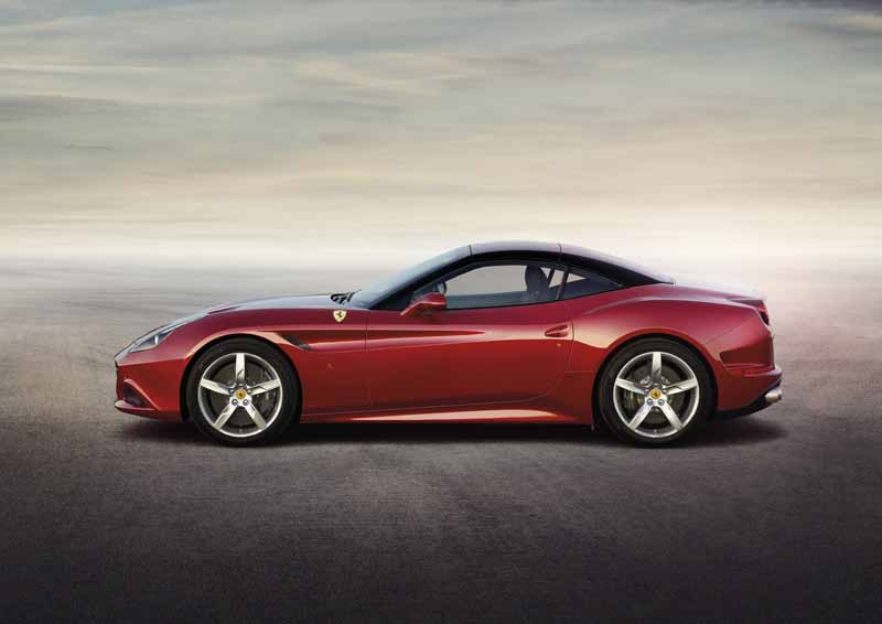 handling-supechiare-hs-option-introduced-to-the-ferrari-california-t20160128-29
